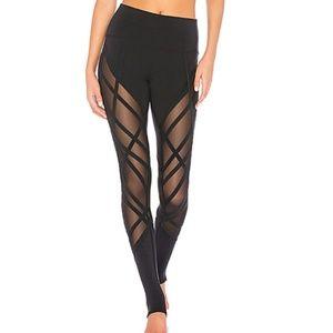 Alo High waist wrapped stirrup legging  S